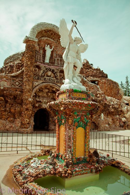 Grotto of the Redemption, Iowa, USA