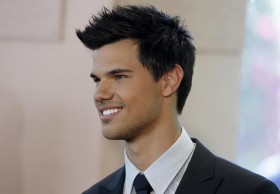 Hollywood: Taylor Lautner Profile, Bio, Images And Wallpapers