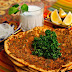 Lahmacun, Pizza ala Turki yang Punya Kelezatan Tersendiri