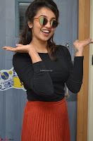 Tejaswini Madivada backstage pics at 92.7 Big FM Studio Exclusive  22.JPG