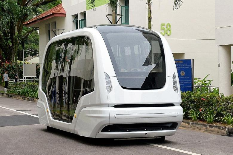 A driverless shuttle bus serving NTU students.