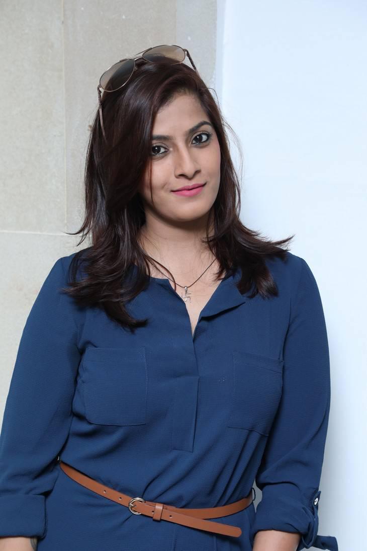 Varalaxmi Sarathkumar At O2 Fitness Studio Stills
