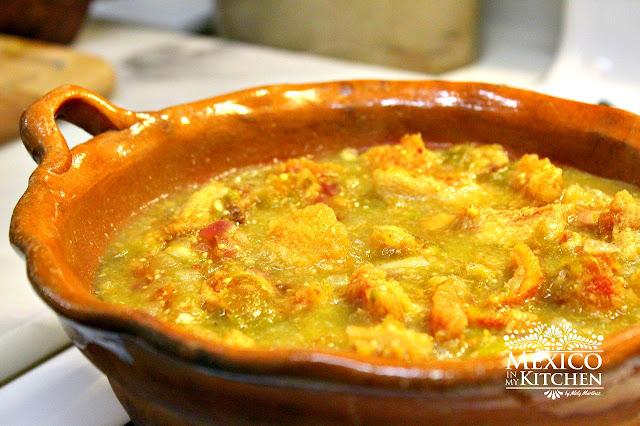 Chicharron en salsa verde