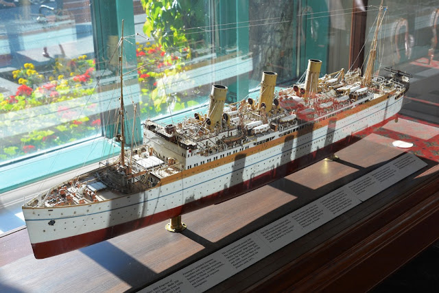 Empress Hotel Victoria Island ocean liner