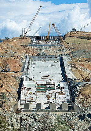 The Rural Blog: Repair of near-collapsed dam to cost $500 million