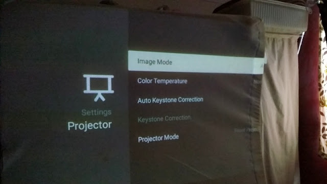 hook up speakers to projector
