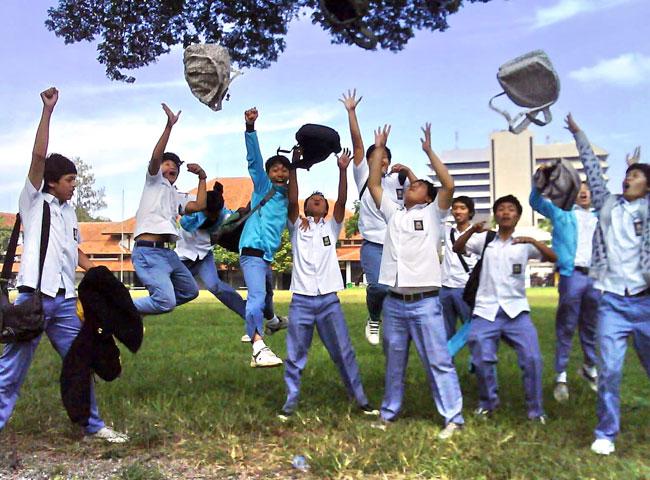 Dua Hal Yang Akan Kita Rindukan Di Masa SMA Setelah Berkeluarga