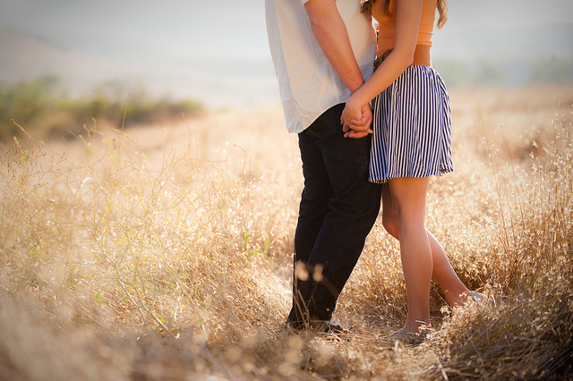 Thơ tình lãng mạn - Thơ tình yêu lãng mạn, nồng nàn, sâu lắng nhất