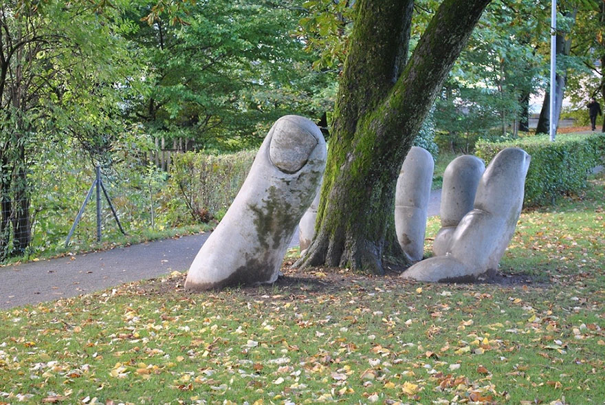 42 Of The Most Beautiful Sculptures In The World - The Caring Hand, Glarus, Switzerland