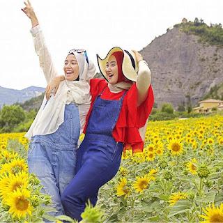 Busana Muslim Dian Pelangi 2016