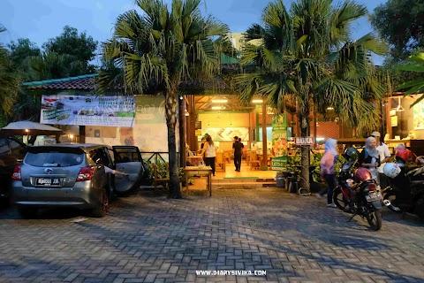Kopdar Food Blogger di Lombok Idjo Kediri