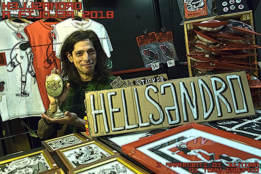 Sandro Costa e la sua ostiera originale.
