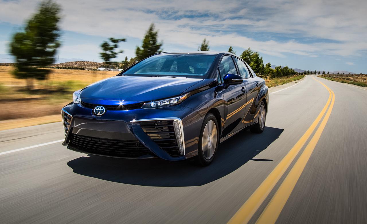 2016 Toyota Mirai Review Fuel-Cell Sedan