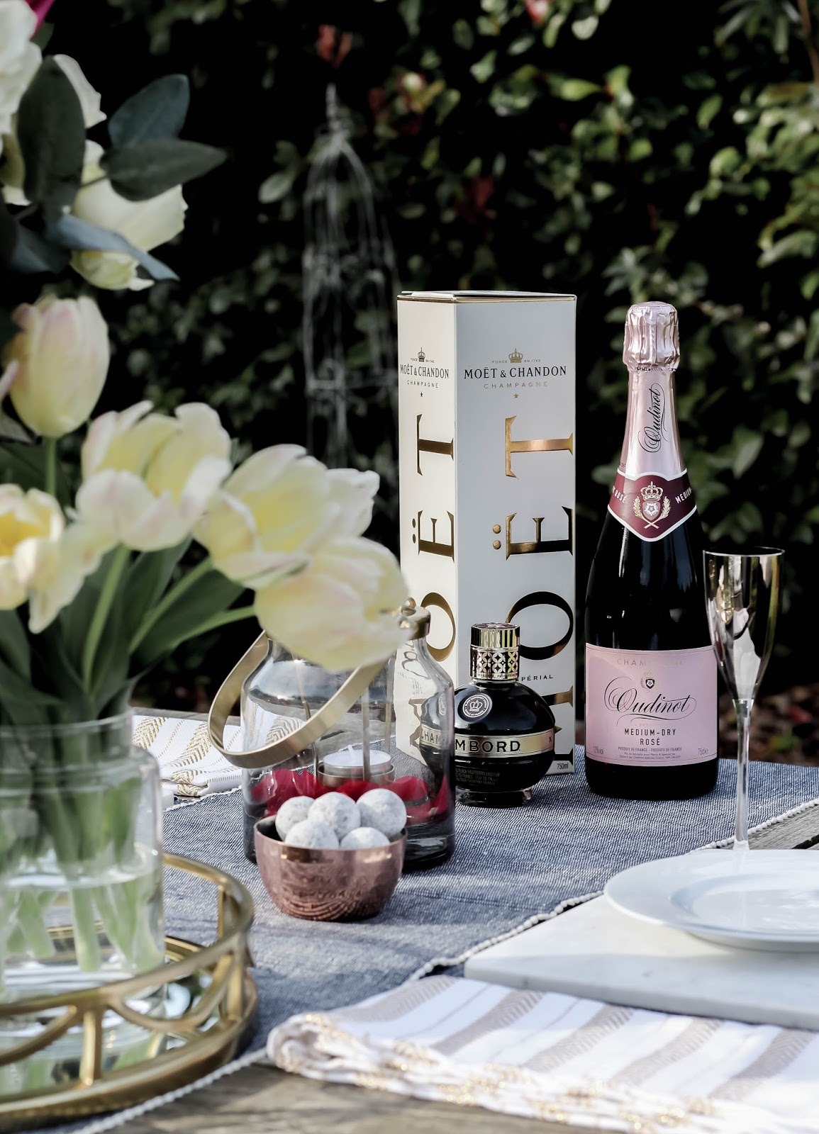 Mother's Day Table Setting Luxurious Drinks