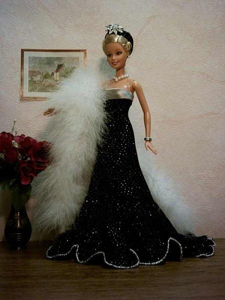 vestido de festa para Barbie com moldes para imprimir frente