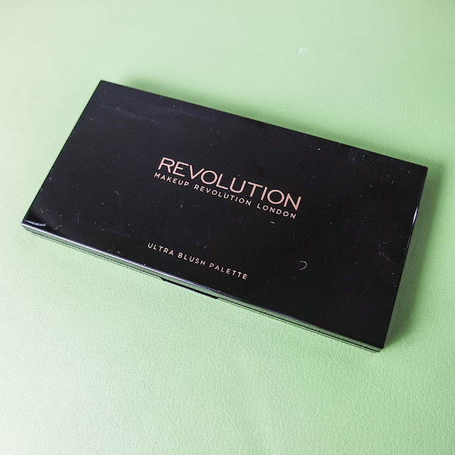 makeup-revolution-ultra-blush-palette