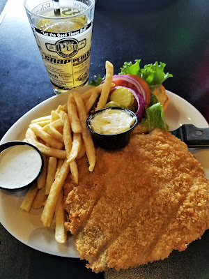 Breaded Pork Tenderloin at the Pub on the Cedar in Charles City, Iowa #MWTravel #ThisIsIowa