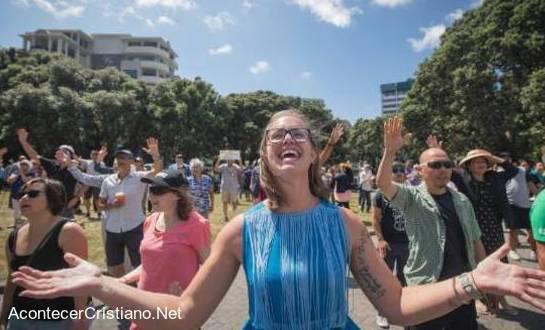 Cristianos exaltan el nombre de Jesús en Nueva Zelanda