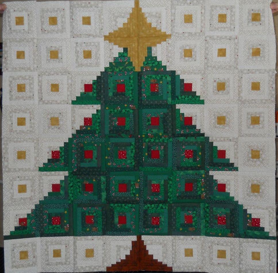Log Cabin Christmas Tree Quilt.Scrapbox Quilts Log Cabin Christmas Tree Con T
