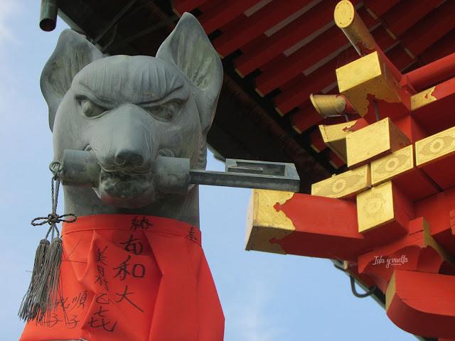 Zorro guardián de Fushimi Inari