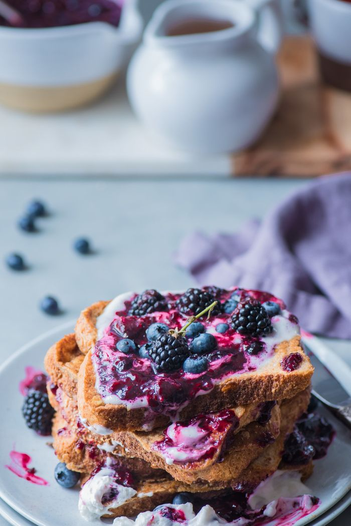 Simple Vegan French Toast. Need more recipes? 20 Tasty And Nourishing, Yet Quick Vegan Breakfast Recipes Ideas vegan breakfast healthy | breakfast vegan recipes | healthy vegan breakfast weightloss | easy vegan breakfast | breakfast recipes vegan #breakfast #recipe #ideas #recipes