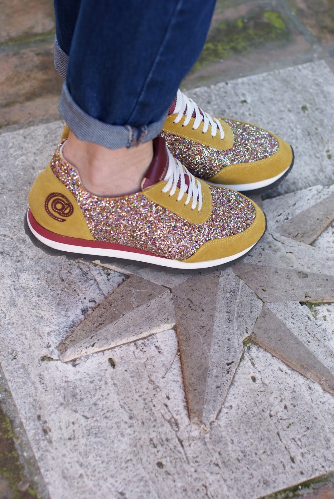 Sergio Amaranti sneakers on Fashion and Cookies fashion blog, fashion blogger style