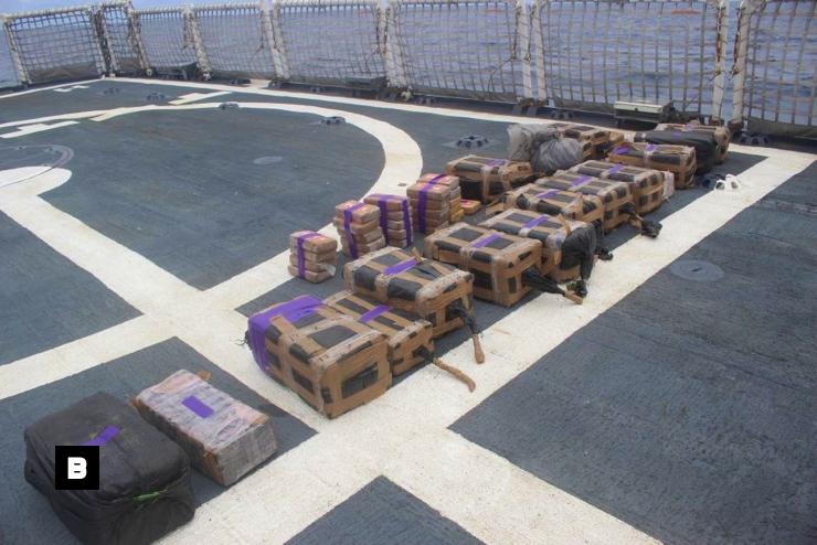 Guardia Costera de EEUU atrapa submarino con US$165 millones en cocaína