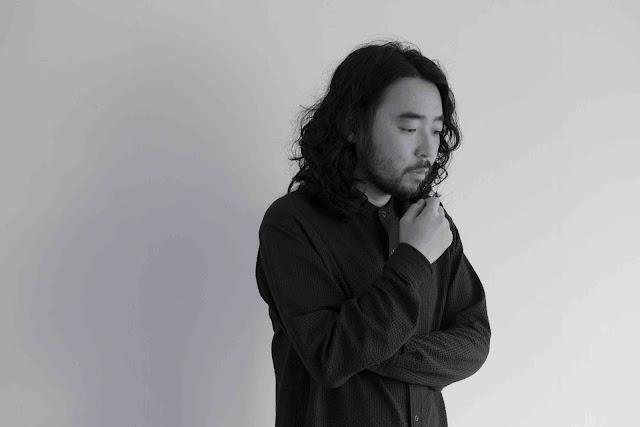 Avec Love Is, Akira Kosemura compose une bande pleine de séduction.