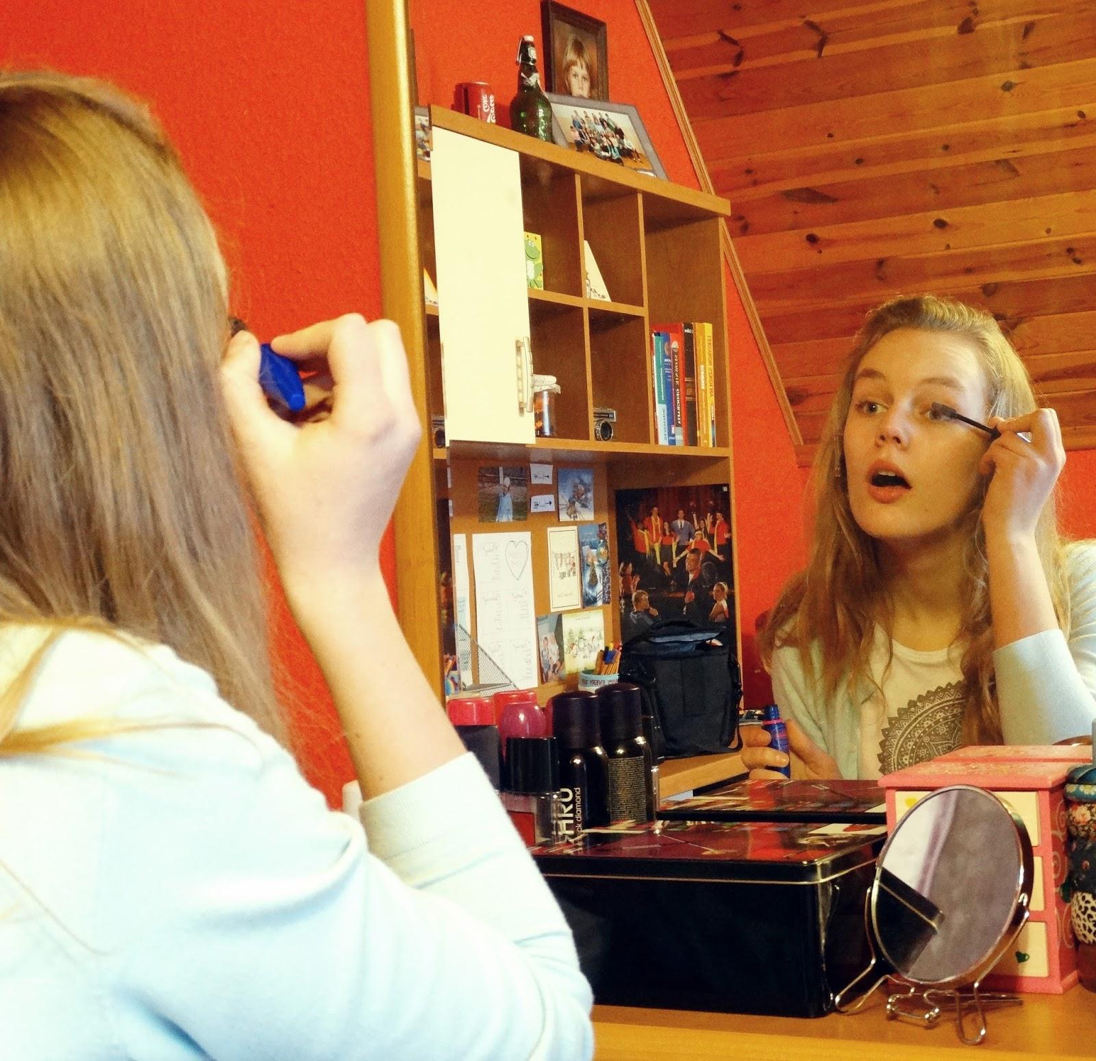 Makijaż nie jest najważniejszy. Współpraca, adgam