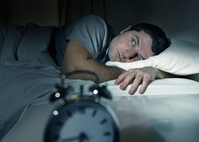 9 Cara Mengatasi Sering Susah Tidur Malam (Insomnia)