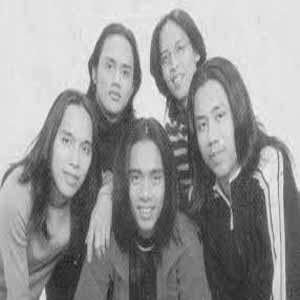 Download MP3 SPOON - Sepenuh Hati
