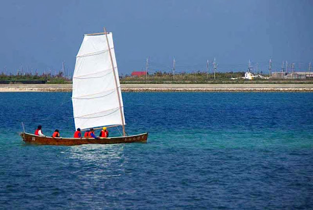 wooden sailing sabani boat