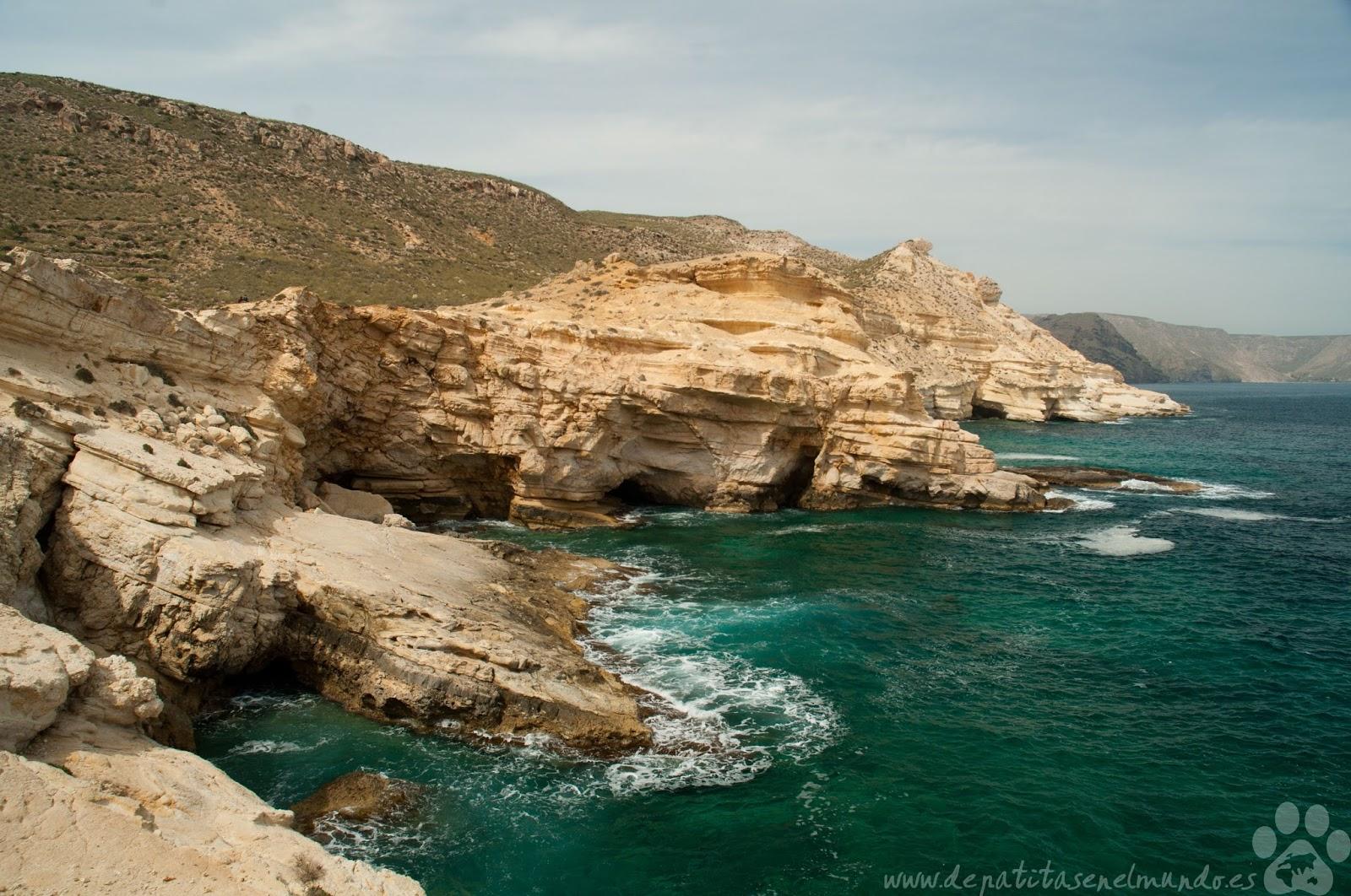 Acantilados La Molata en Cabo de Gata