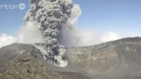 http://sciencythoughts.blogspot.co.uk/2015/10/eruption-on-mount-turrialba-costa-rica.html