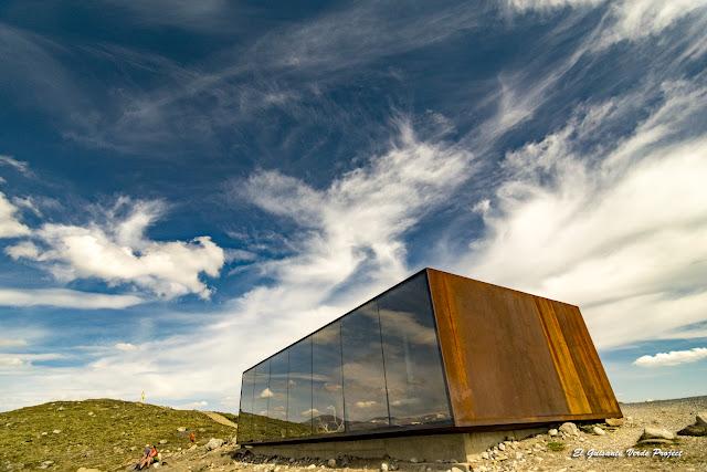 Snøhetta mirador - Noruega por El Guisante Verde Project
