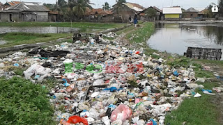 Sampah Tidak Terkelola, Kades Ciparage Jaya Buat TPST Sendiri