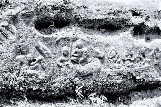 Stone carvings on Phnom Kulen mountain, Cambodia - travel blog