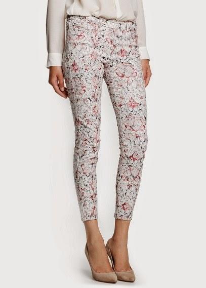 http://www.mangooutlet.com/ES/p0/mujer/prendas/pantalones/pantalon-pitillo-jacquard-estampado/