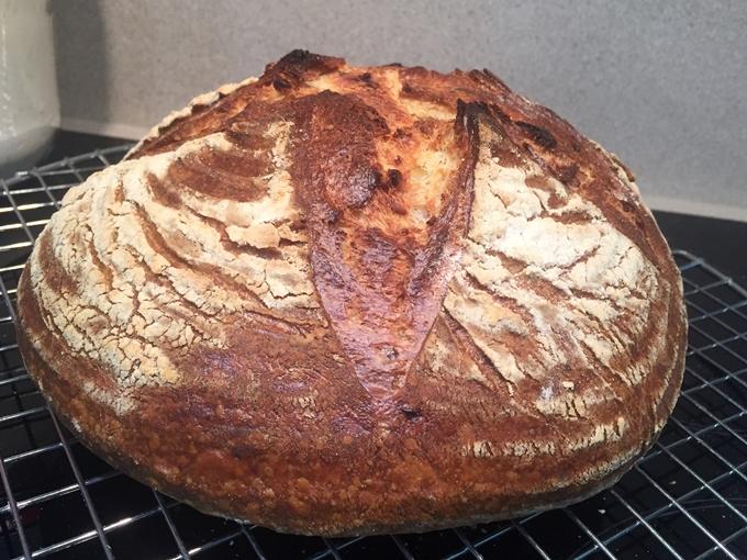 Pan de patata, ajo y romero