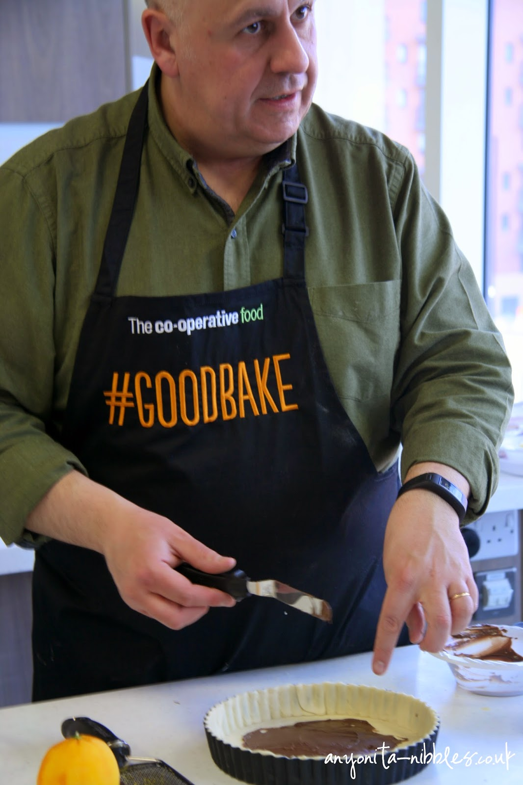 Luis Troyano explaining how to make a chocolate tart at #goodbake | Anyonita-nibbles.co.uk