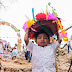 Niñas y niños celebran sus raíces mayas