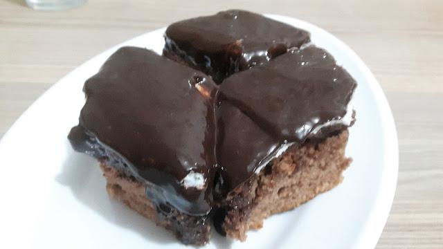 ağlayan pasta tarifi şantili ıslak kek