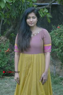 athri Raguram Stills at Yathumaki Nindraai Press Meet  0013.jpg