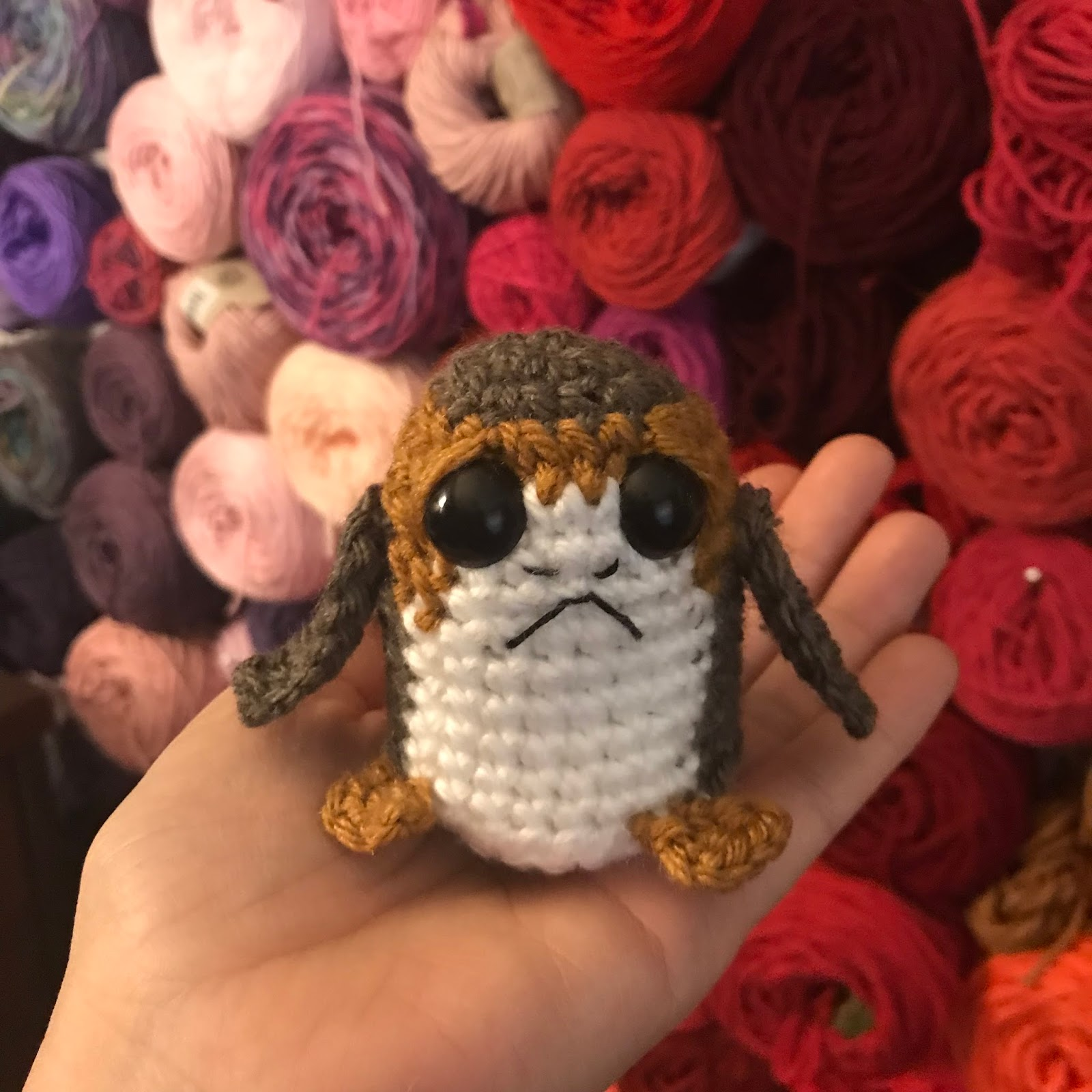 CRAFTYisCOOL: Amigurumi Star Wars Porg! Free Pattern
