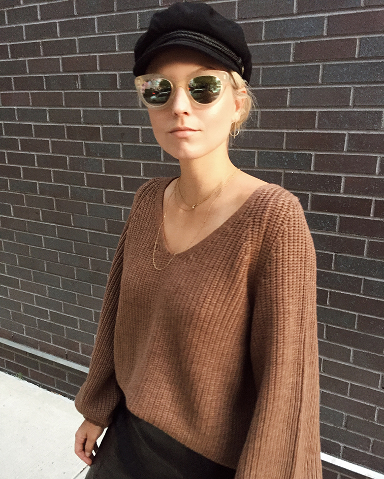 Aritzia Babaton 1 01, heleneisfor, Rebetto Michael Jackson shoes, Mejuri, Warby Parker Dorothy sunglasses, Brixton newsboy hat