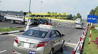 thi bằng lái xe ô tô b2