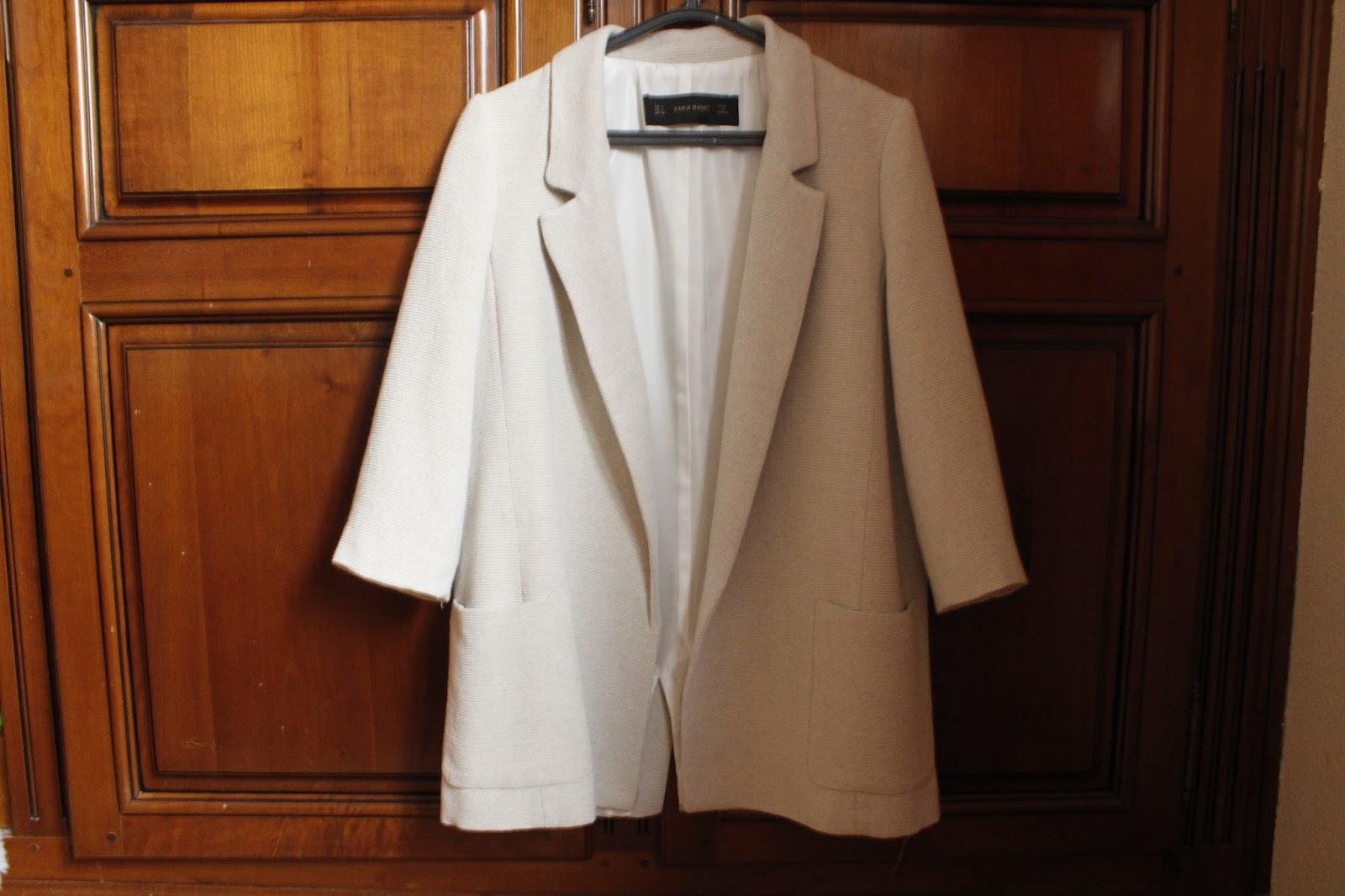 d7e51553d118 Também da Zara touxe esta blusa branca com o bordado em renda no topo. Já  tinha esta versão em preto mas como gosto tanto