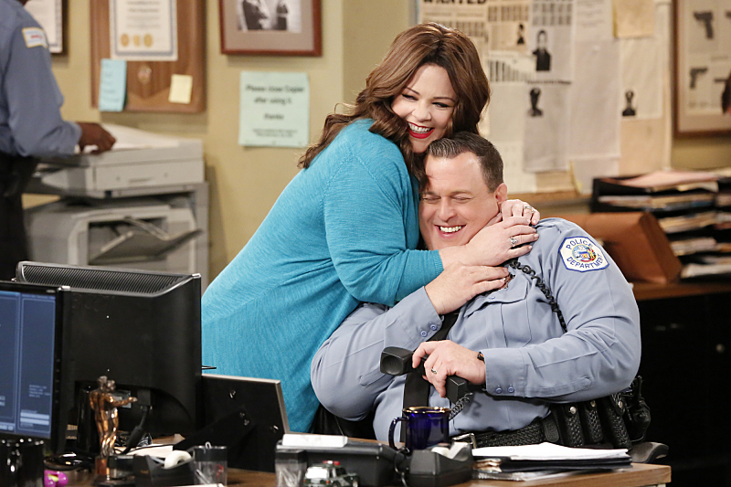Mike and Molly Episode 6.10 / Episode 6.11 - Promotional Photos & Press Release