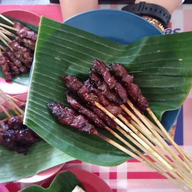 Sensasi Makan Sate Maranggi Sari Asih