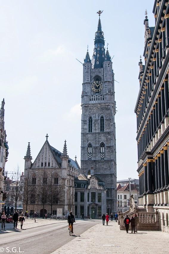 Torre Belfort en Gante en Belgica